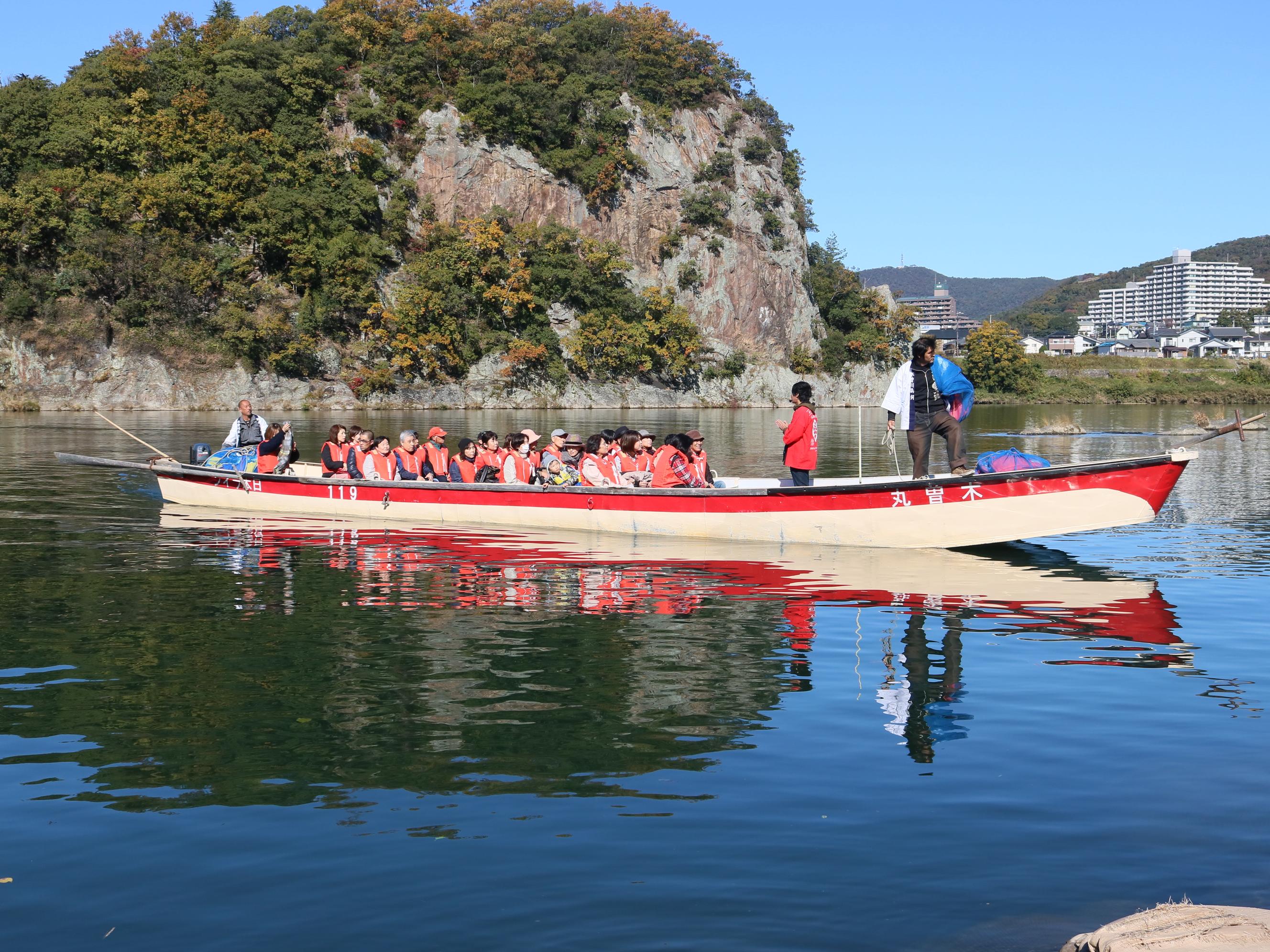 紅葉観光船